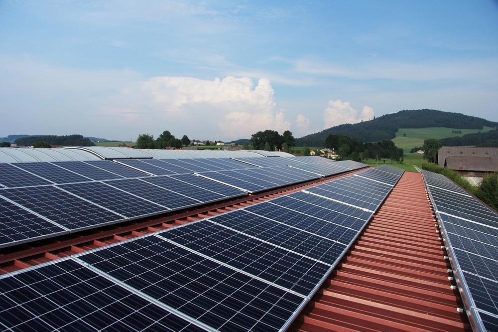 """Dr. Andreas Horn, Anton Hilger, Katharina Habersbrunner: """"Klimanotstand München"""": Photovoltaik (Vortrag   Online)"""